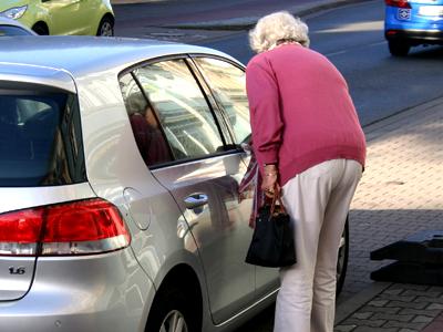 Senioren haben spezielle Erwartungen ans Kraftfahrzeug