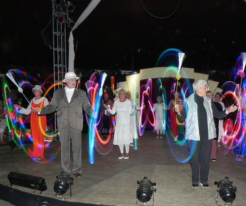 Aktive Senioren engagieren sich im Zirkusprojekt Wir sind so frei