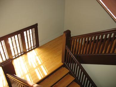 Gebrauchte Treppenlifte sind günstiger als der Weg des Neukaufs