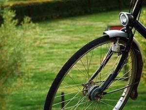 Mit einem Sattellift ist das Absteigen und Aufsteigen auf dem Fahrrad viel einfacher