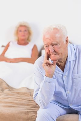 Senioren fühlen sich durch Harninkontinenz belastet