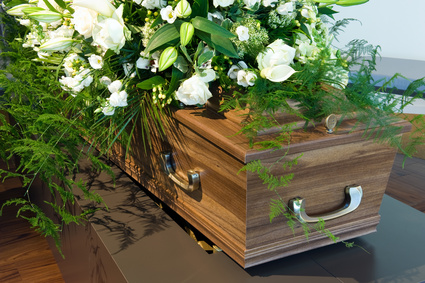 Die Höhe der Todesfallsumme hängt bei der Sterbegeldversicherung von unterschiedlichen Faktoren ab